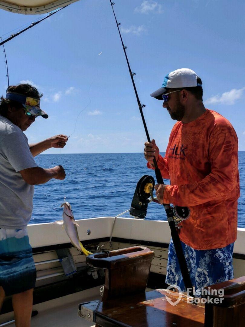 6 hr trip review of bandida charters bertram 28 san for Cozumel fishing charters