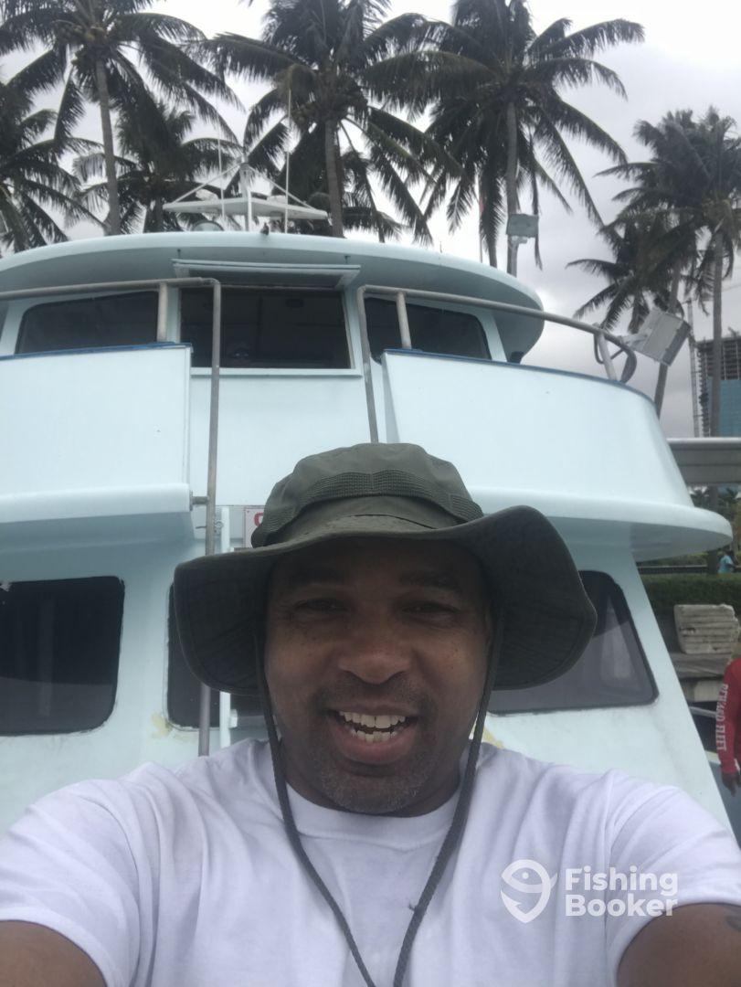 Captain wayne conn miami united states fishingbooker for Reward fishing fleet